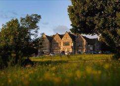 Amberley Inn - Stroud - Building