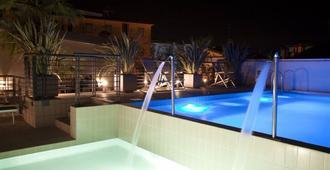Hotel Eden - Jesolo - Bể bơi