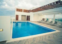 Accra Luxury Apartments - Accra - Pool