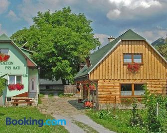 Penzion a drevenica pri Hati - Terchová - Building