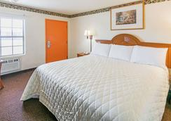 Travelodge by Wyndham Temple - Temple - Bedroom