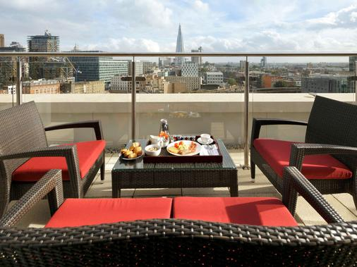 Novotel London Blackfriars - London - Balcony