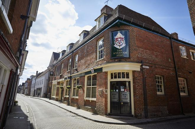 Wykeham Arms - Winchester - Building