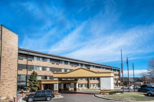 Comfort Inn and Suites Stapleton - Denver - Rakennus