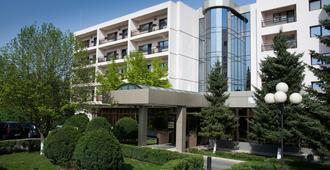 Hotel Dumbrava - Bacău