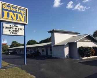 Sebring Inn - Sebring - Building