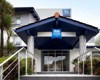 Ibis Budget Biarritz Anglet - Anglet - Building