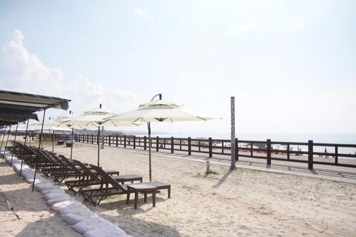 Maison Glad Jeju - Jeju City - Beach