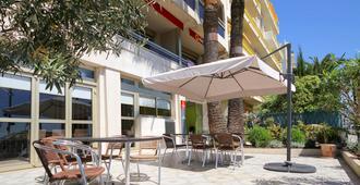 Aparthotel Adagio Nice Promenade des Anglais - Nizza - Patio