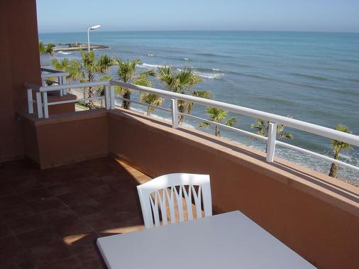 Hotel Sunway Playa Golf & Spa Sitges - Sitges - Ban công
