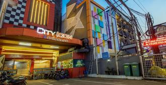 City Icon Residence - Jakarta - Building