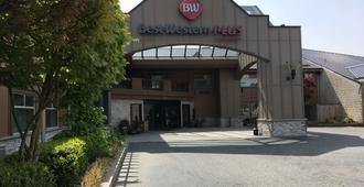Best Western Plus Langley Inn - Langley