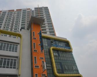 Puchong New Town Hotel - Puchong - Toà nhà