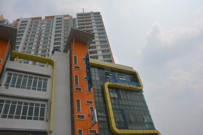 New Town Hotel Puchong - Puchong - Building