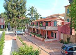 World Village Apartments - Diano Marina - Κτίριο