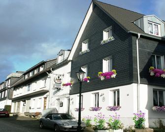 Blumenhotel - Bergneustadt - Gebouw