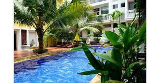 Paris Angkor Hotel - Ciudad de Siem Riep - Piscina