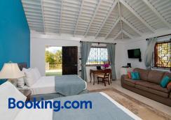 Mynt Retreat Bed & Breakfast - Montego Bay - Bedroom