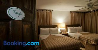 Mynt Retreat Bed & Breakfast - Montego Bay - Bedroom