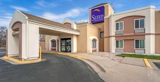 Sleep Inn & Suites Airport - אומהה