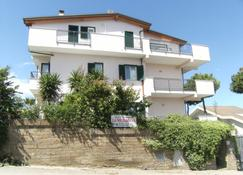 B&B La Meridiana - Montesilvano - Building
