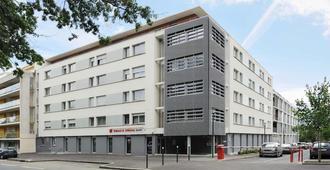 Séjours & Affaires Rennes Villa Camilla - רן - בניין