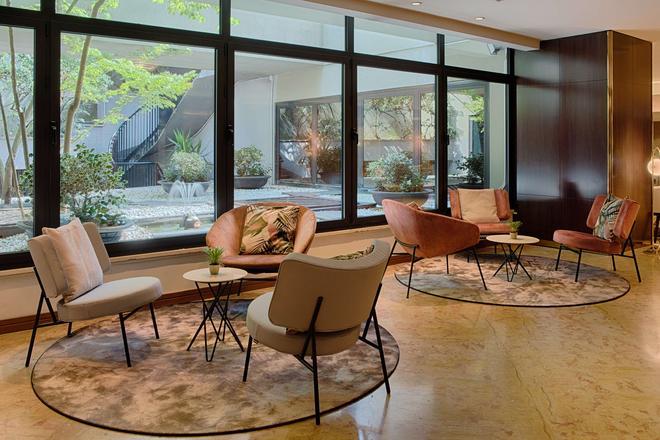 NH Roma Villa Carpegna - Rome - Lobby