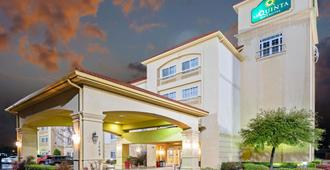 La Quinta Inn & Suites by Wyndham Lawton / Fort Sill - Lawton