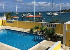 Hotel Caravelle - Christiansted - Pool