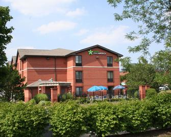 Extended Stay America - Cleveland - Middleburg Heights - Middleburg Heights - Building
