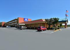 Americas Best Value Inn Cocoa Port Canaveral - Cocoa - Building