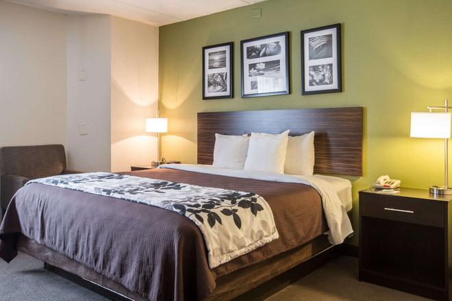 Sleep Inn Airport - College Park - Bedroom