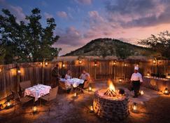 Kwa Maritane Bush Lodge - Pilanesberg - Restaurant