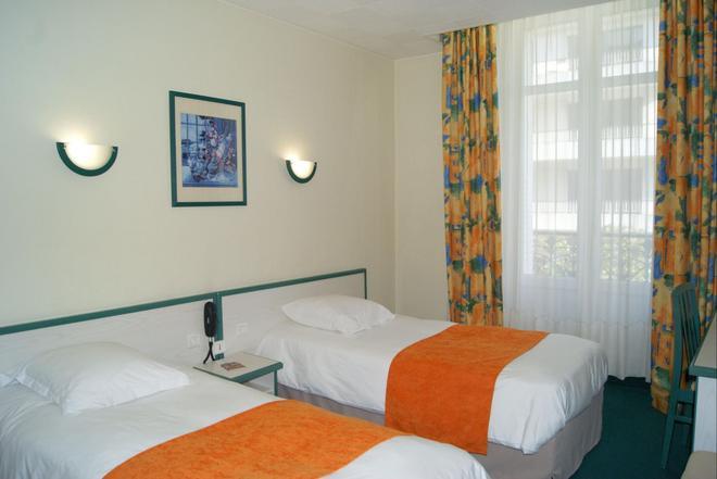 Citotel de l'Univers - Angers - Bedroom