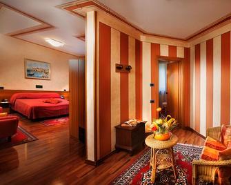 Hotel La Ruota - Vicoforte - Slaapkamer