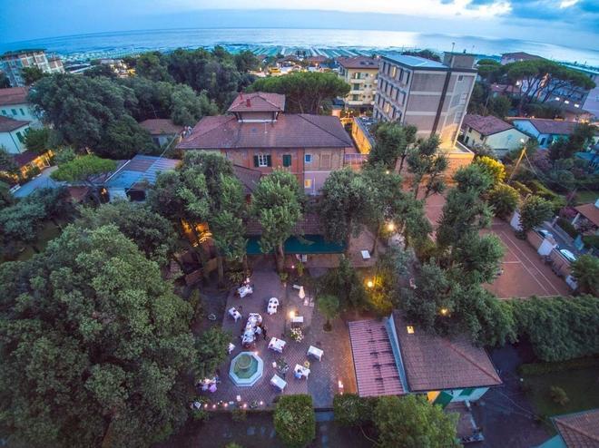 巴泰利酒店 - 皮特拉桑塔 - 彼得拉桑塔 - 室外景