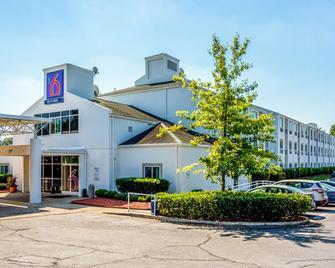 Motel 6 Charlotte - Fort Mill, SC - Fort Mill - Building