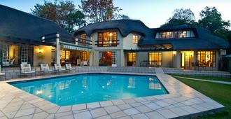 Thatchfoord Lodge - Sandton - Pool