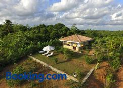 The Horizon Hill Top Villa - Unawatuna - Edificio