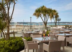 Radisson Blu Waterfront Hotel, Jersey - Jersey - Patio
