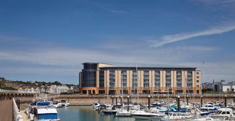 Radisson Blu Waterfront Hotel, Jersey - Saint Helier - Gebäude