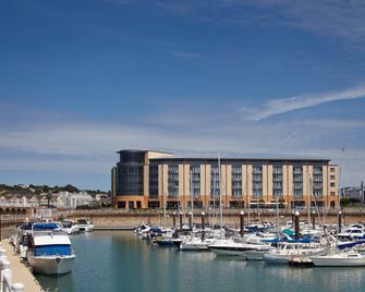 Radisson Blu Waterfront Hotel, Jersey - Jersey - Edificio