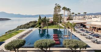 Minos Palace Hotel Agios Nikolaos - אגיוס ניקולאוס (כרתים) - בריכה
