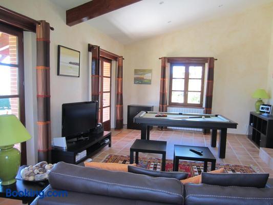 Les Chambres d'Hôtes de Cayrac - Cayrac - Living room