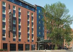 NH Hamburg Altona - Hamburgo - Edificio