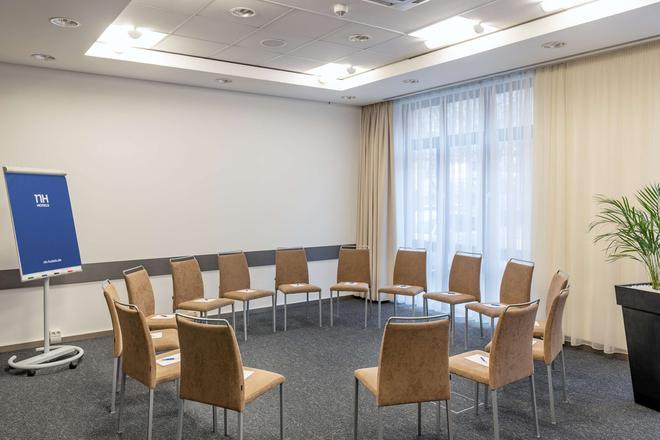 NH Hamburg Altona - Hamburgo - Sala de estar