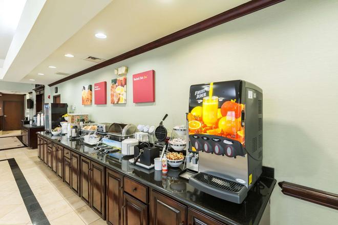 Comfort Suites Beaumont - Beaumont - Buffet