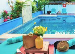 Corales Suites - Puerto Morelos - Piscina