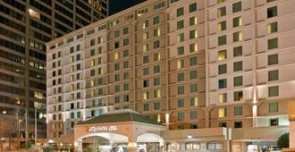 La Quinta Inn & Suites by Wyndham Downtown Conference Center - Little Rock - Edificio