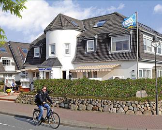 Hotel Garni Hansa - Wenningstedt-Braderup - Building